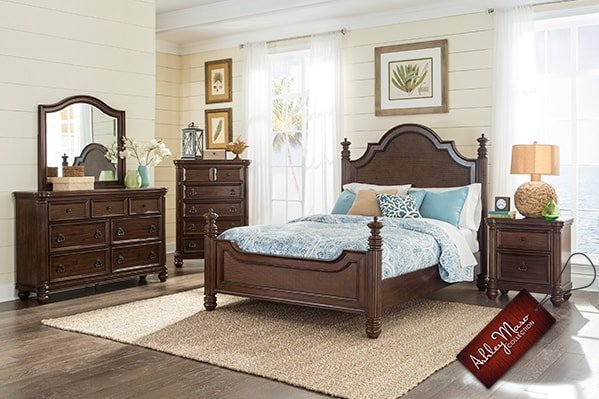 Dark Wooden Bedroom Set