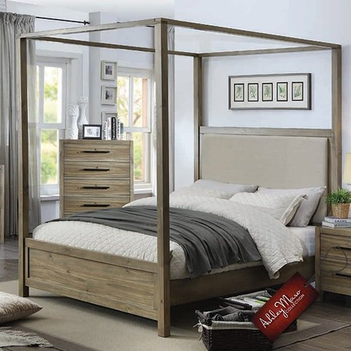 Light Brown Wooden Queen Bed