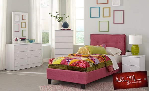 Pink Bedroom Set